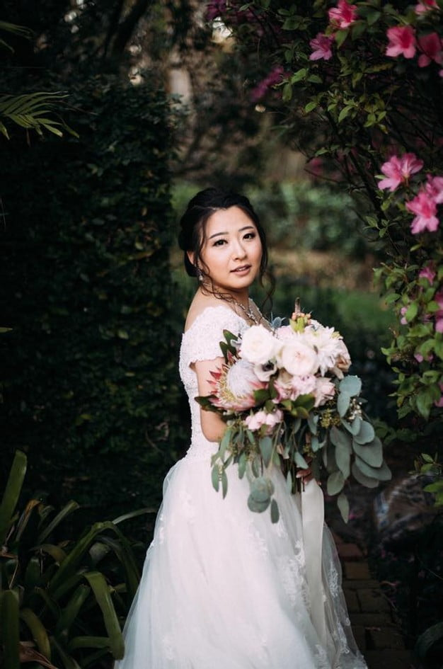 Orlando Florida Federation of Garden Clubs Romantic Wedding Bride Bouquet Wedding Dress