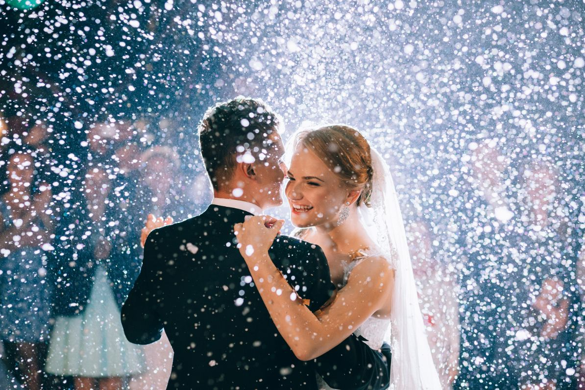snow effect 100 xclusive deejays winter springs florida wedding dj lighting photo booth entertainment